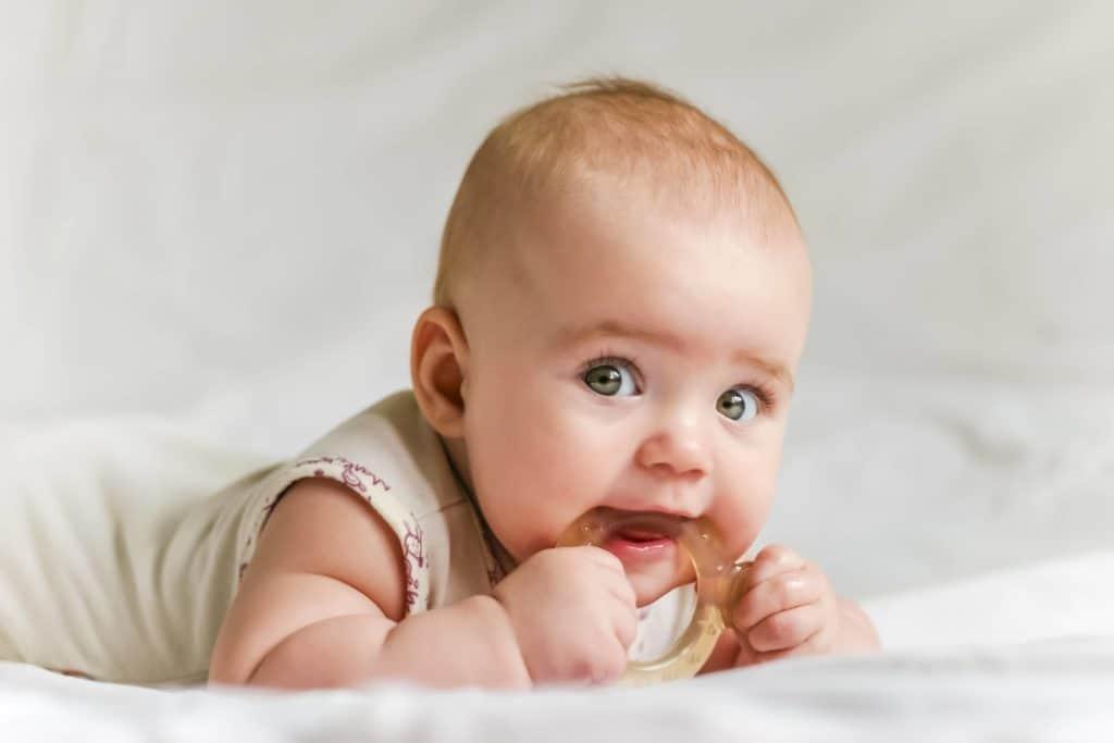Gel-filled-baby-teethers